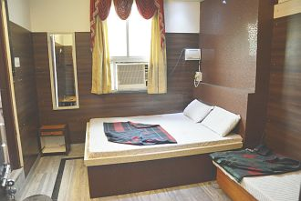 TG Rooms Station Road JAIPUR