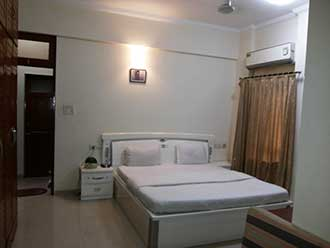 STAYMATRIX Service Apartment @ Kalanagar, Bandra East.(877) MUMBAI