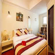 OYO Rooms Mansarovar Metro Station