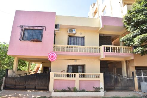 14 Square HBCS Layout, Bangalore