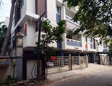 Alcove Service Apartments - Chesterfields in Ramapuram