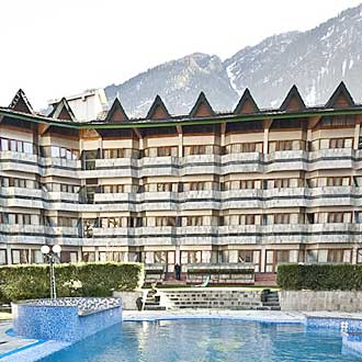 The Piccadily, Manali
