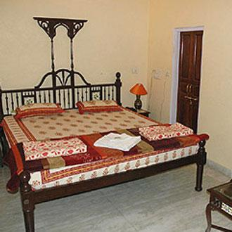 Badiyal Haveli, Bani Park, Badiyal Haveli