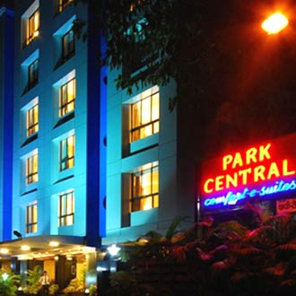 Park Central,comfort-e-suites(wi-fi Complimentary)