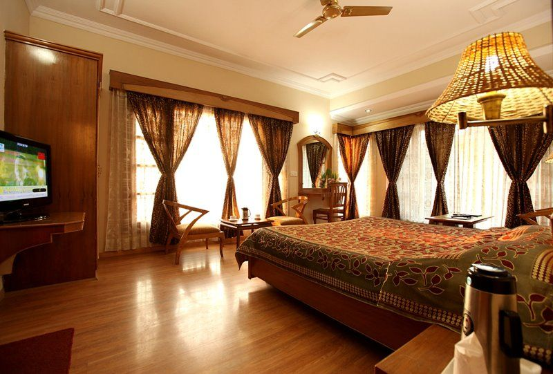 Maharaja Suite With Breakfast and Dinner