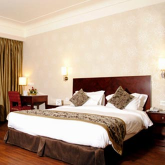Vesta Suite Room Double with Breakfast