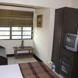 Hotel Highway Residency (Complimentary Wi-Fi) MUMBAI