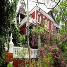 Portuguese Colonial Style Guesthouse In Candolim!!