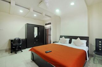Platinum Service Apartment, Pune