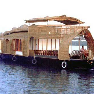 Lake View Deluxe Houseboat