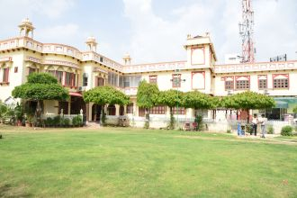 Mahal Rajwada Resort