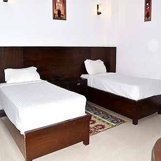 Hotel Blue Heaven AGRA