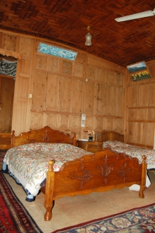 Roxana Houseboat, Dal Lake, Super Deluxe Room