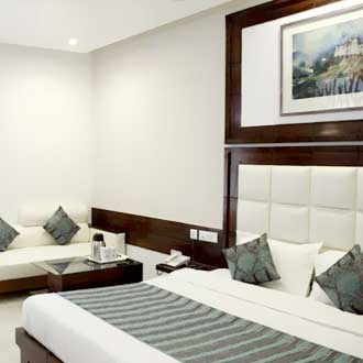 Hotel Emerald, Chandigarh