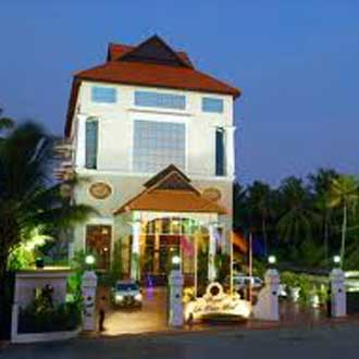 Regant Lake Village Island Resort, Kollam