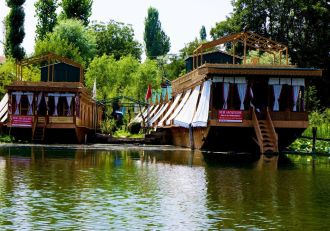 New Jacquline Group of Houseboats