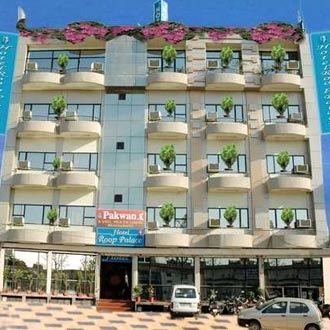 Hotel Roop Palace