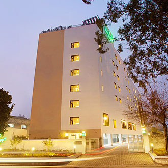 Lemon Tree Hotel, Chandigarh