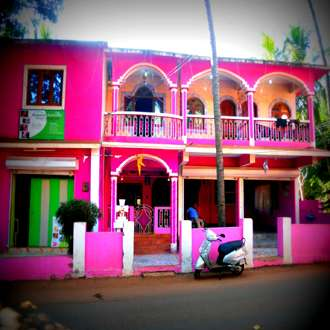 Glory Lazfina Guest House
