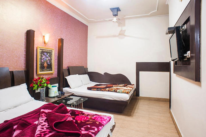 Yatri International Guest House, Arakashan Road, Family Room Non AC