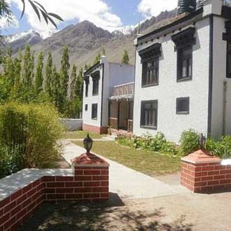 Zimskhang Holiday Home