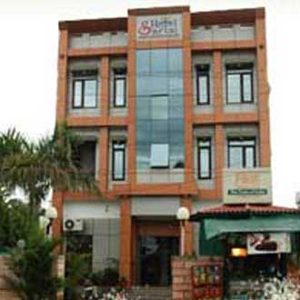 Hotel Sartaj (15 Kms From Chandigarh Isbt)