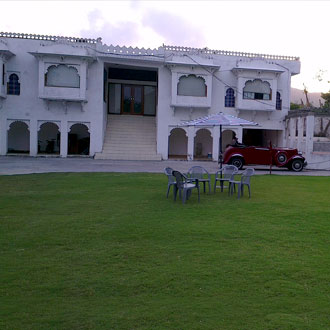 Devendragarh Palace (As a Luxury Paying Guest House)