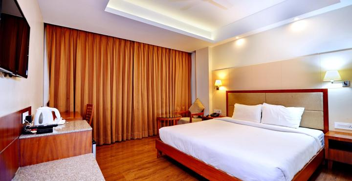 K International, ISBT Commercial Campus, Executive Room
