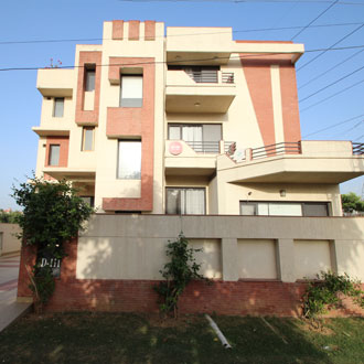 OYO Rooms Golf Course Road, Gurgaon