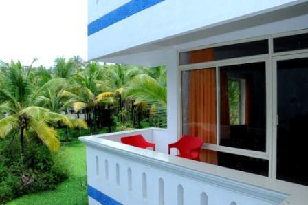 Vedanta Wake Up By Lighthouse Beach Kovalam