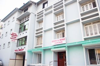 Hotel Emby Ernakulam South Junction