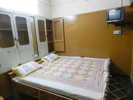 Anware- Rehmat Guest House