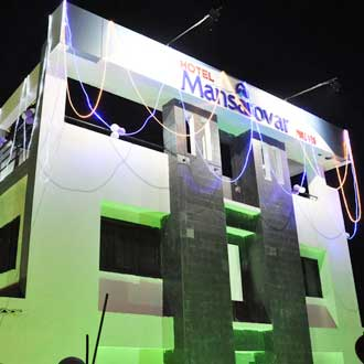 Hotel Mansarovar (luxury Business Hotel)